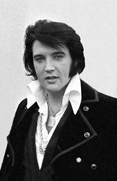 800px-Elvis_Presley_1970